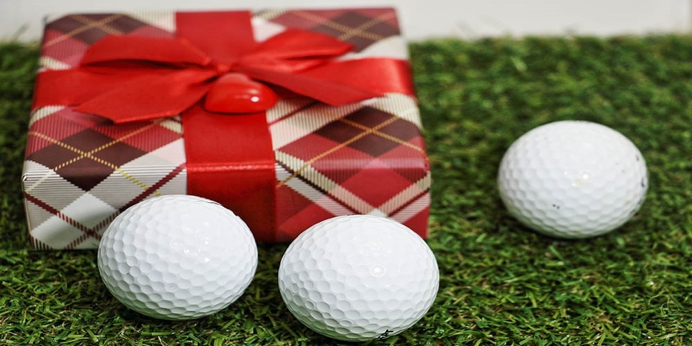 Golf balls with Present